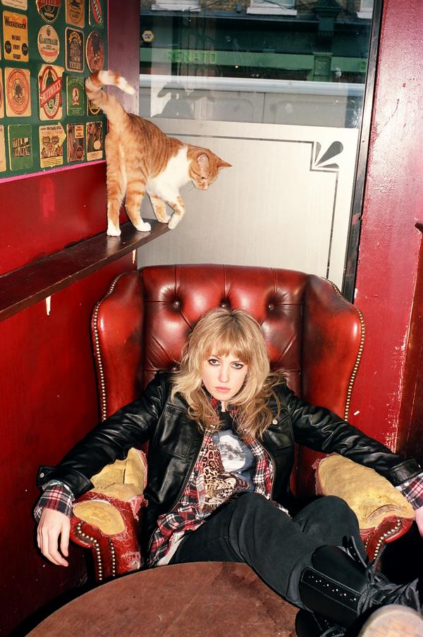 Ladyhawke and a cat - listen to the megamix!